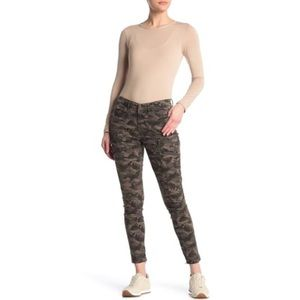 Blank NYC Camo Zip Pocket Moto Stretch Skinny Jean